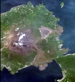 Sakurajima Island, Kagoshima Pref., Japan on Jun. 20, 2006(True color combination using R,G,B=Band3,2,1 of AVNIR-2).